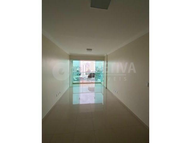Apartamento à venda com 3 dormitórios em Fundinho, Uberlandia cod:801783