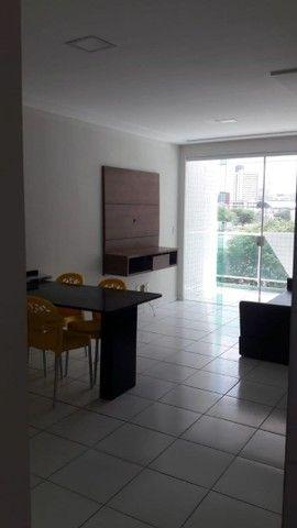Aluga-se Apartamento Mobiliado de 02 quartos no Catolé  - Foto 2