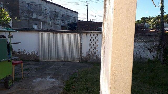 Casa tipo prive terreno todo murado com 4 casas  - Foto 3