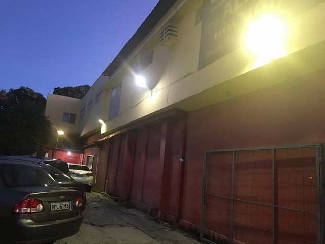 Imóvel comercial para venda tem 650 metros quadrados em Campo Grande - Recife - PE