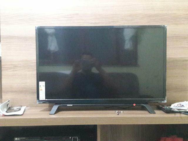 Tv toshiba led, hd 32 polegadas, nova