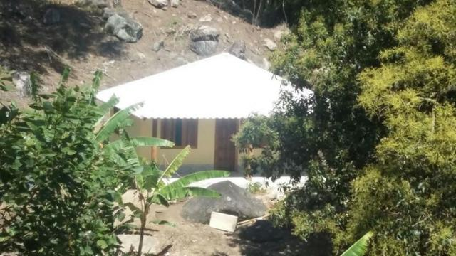 Sana / chácara em condomínio rural com piscina natural - Foto 8