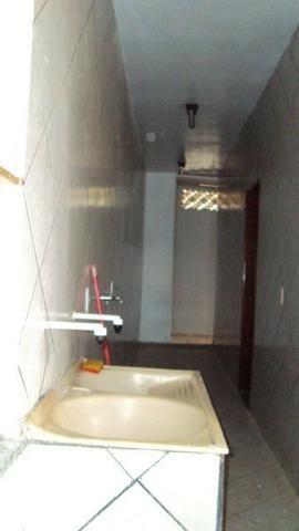 Casa de 5 quartos - 2 suítes - Bairro Feliz - Goiânia-GO - Foto 4