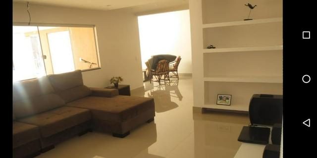 Linda casa com 3 suites em excelente localização no Condomínio Rk - Foto 4