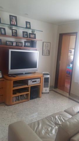 Bela casa com 3 quartos no bairro alípio de melo, 322m² - Foto 3