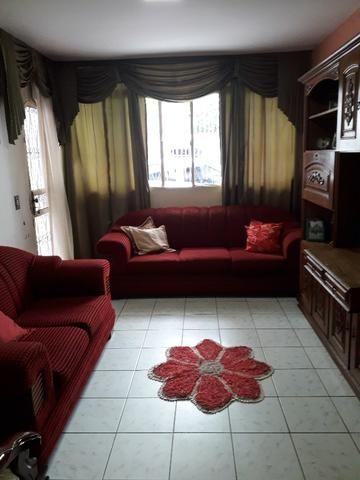 QNC 01 Ótima casa 3 quartos mais sobrado só 580 mil aceita financiamento - Foto 2