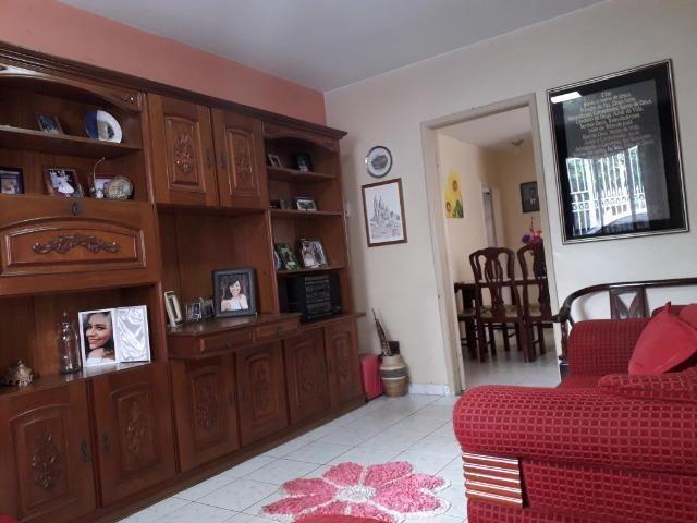 QNC 01 Ótima casa 3 quartos mais sobrado só 580 mil aceita financiamento - Foto 10