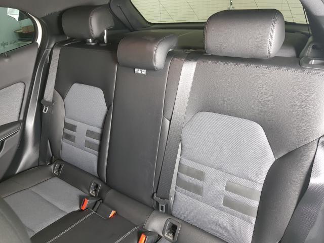 Mercedes GLA 200 Adv. 1.6/1.6 TB 16V Flex  Aut. - Branco - 2016 - Foto 15