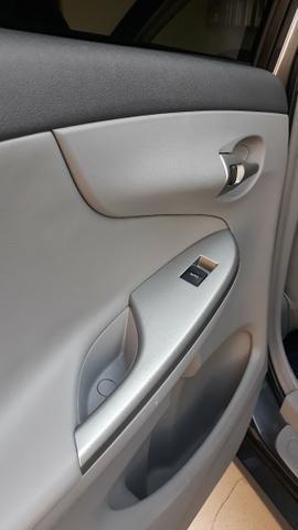 Corolla Xei 1.8 Automático Completíssimo e Impecável!! - Foto 3