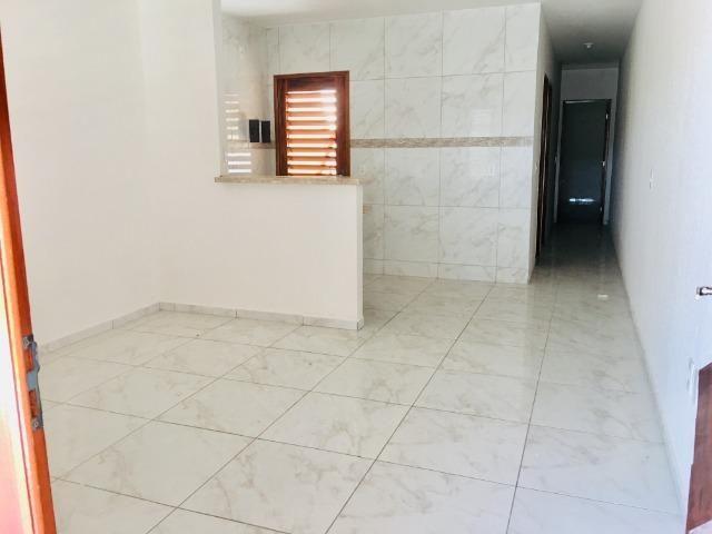 Documentação gratis; 2 quartos ,2 banheiros , 2 vagas de garagem fino acabamento - Foto 6