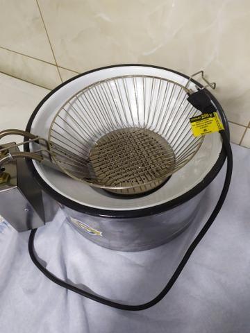 Vendo fritadeira elétrica 220 V - Foto 4
