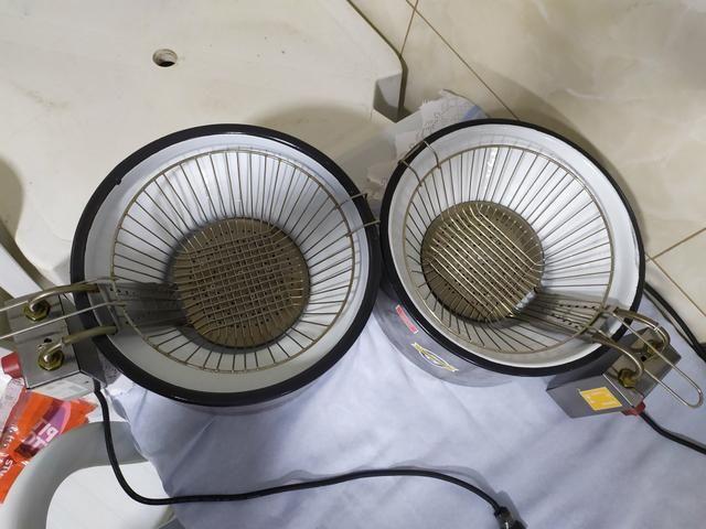 Vendo fritadeira elétrica 220 V - Foto 2