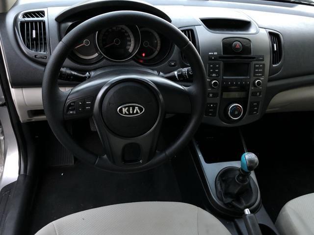 Kia cerato 2011 ex2 mecânico com ar digital, completíssimo!!! - Foto 8