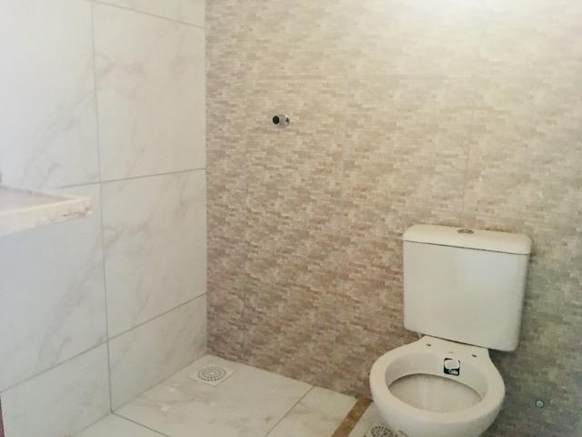 Documentação gratis; 2 quartos ,2 banheiros , 2 vagas de garagem fino acabamento - Foto 12
