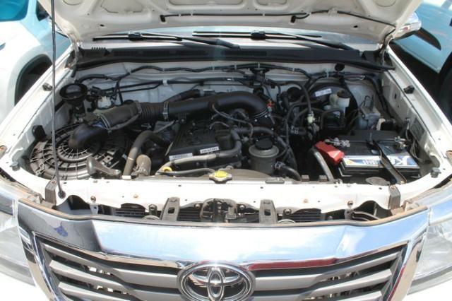Toyota Hilux Cabine Dupla Hilux 2.7 4x2 CD Srv (Flex) (Aut) 2015 - Foto 17