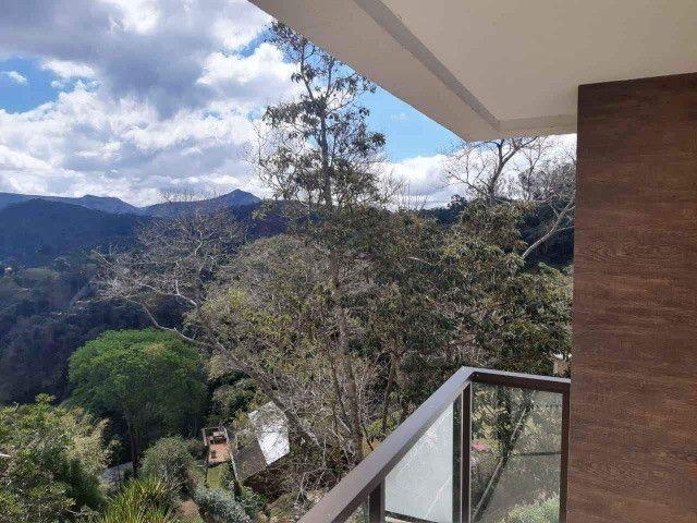 Oportunidade - Excelente Casa Triplex em Nogueira (Area Nobre)