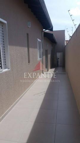 Casa de 3 quartos para venda, 198m2 - Foto 3