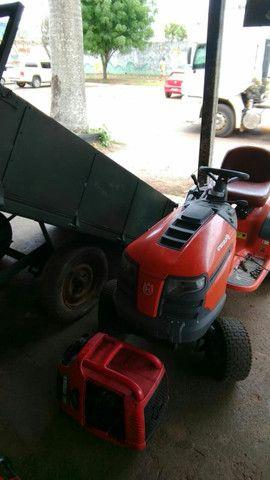 Vendo tratorzinho cortador de grama e carretinha basculante - Foto 5