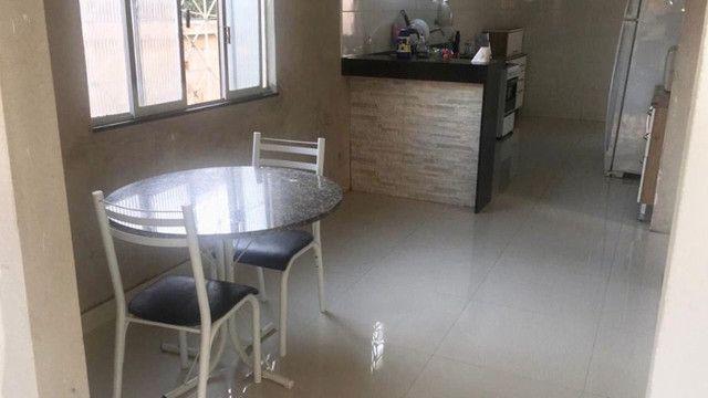 Vendo casa grande com varanda e Terraço - Foto 8
