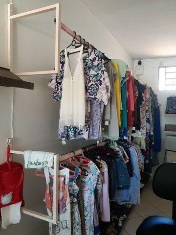 Araras de roupas. - Foto 4