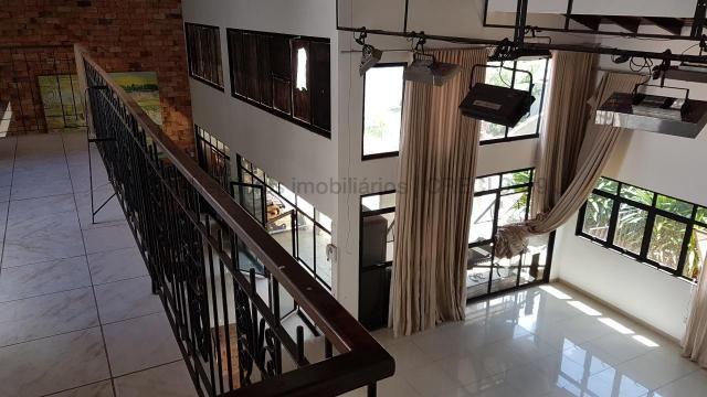 Imóvel com dupla aptidão, construção ampla, possuindo uma área total construída de 450 m² - Foto 8