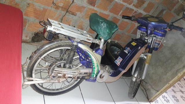 Vendo uma bicicleta eletrica