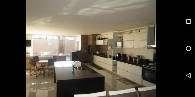Linda casa com 3 suites em excelente localização no Condomínio Rk - Foto 9