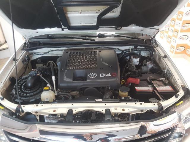 Toyota Hilux SW4 3.0 aut. 7 lugares - Foto 6