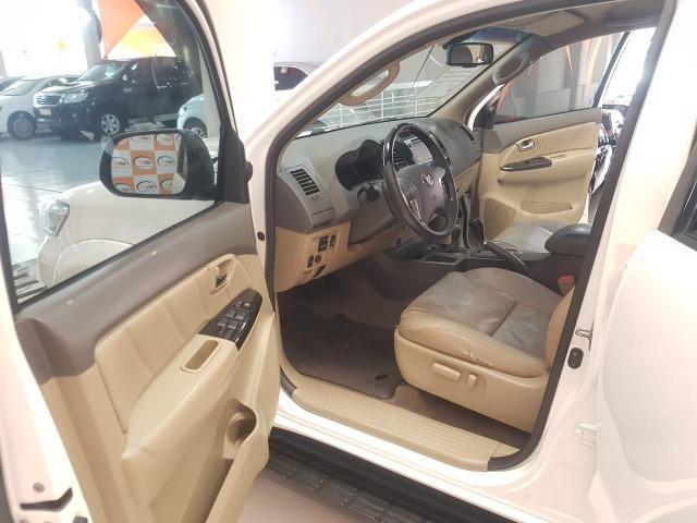 Toyota Hilux SW4 3.0 aut. 7 lugares - Foto 7