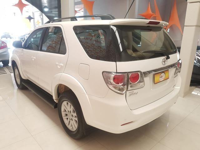 Toyota Hilux SW4 3.0 aut. 7 lugares - Foto 3