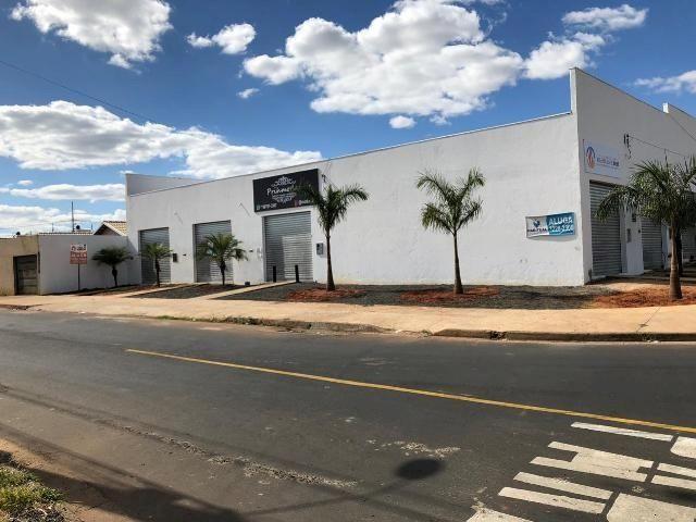 Loja comercial para alugar em Loteamento residencial pequis, Uberlândia cod:875518 - Foto 2