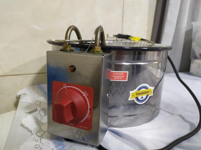 Vendo fritadeira elétrica 220 V - Foto 3