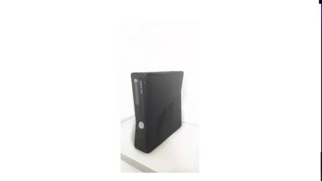 XBOX 360 com Kinect - 250GB Semi-novo - Foto 2