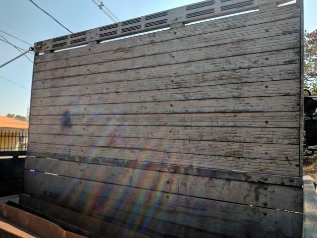 Carroceria madeira Itabaiana 8'5 mais encerado ( valor a parte)