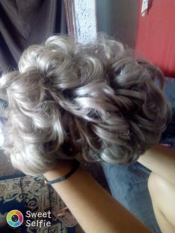 Vendo peruca de cabelo humano na cor loira - Foto 2
