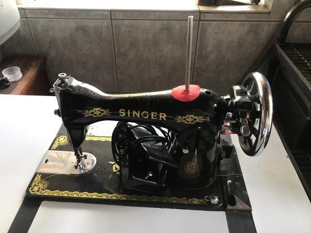 Vendo máquina de costura - Foto 5