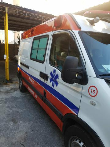 Master ambulancia 2007 UTI - Foto 3