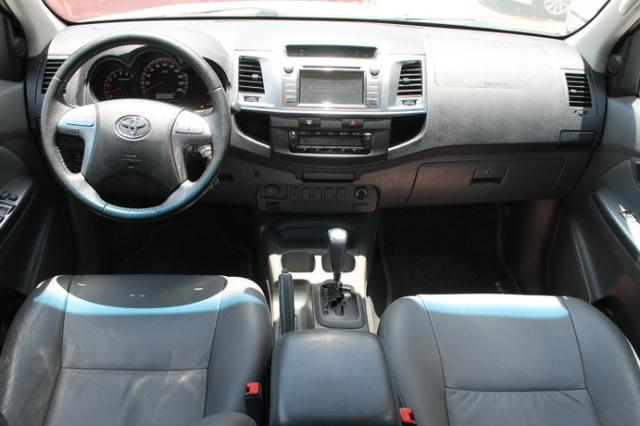 Toyota Hilux Cabine Dupla Hilux 2.7 4x2 CD Srv (Flex) (Aut) 2015 - Foto 6