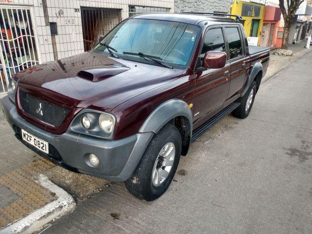 L200 HPE 2.5 4X4 2005 TURBO DIESEL  - Foto 2