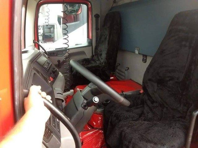 Caminhão 24250 caçamba - Foto 8
