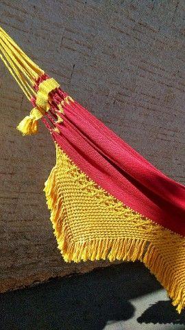 Rede de Descanso Vermelho/ Amarelo - Varanda em Macramê - Foto 5