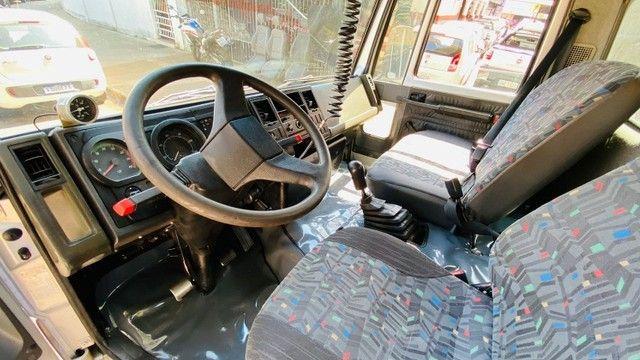 Caminhão Cargo 712 2007 - Foto 6