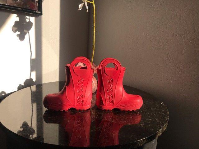 Galocha/bota crocs infantil c7 - Foto 3