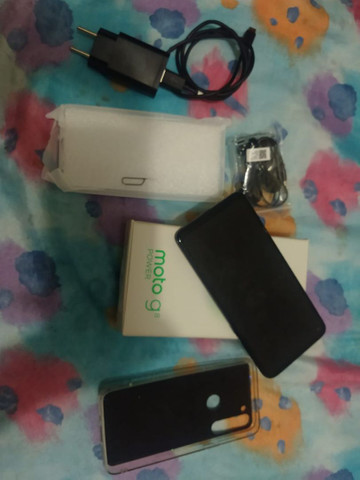 Vendo celular moto G8 power - Foto 2