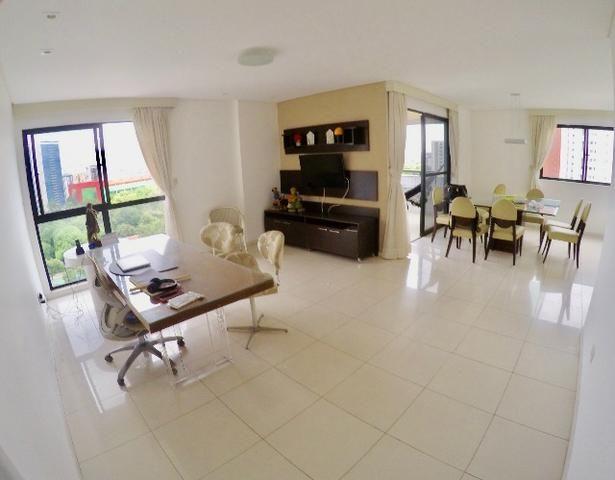 Apartamento no bairro da Jaqueira, 4 quartos 1 por andar
