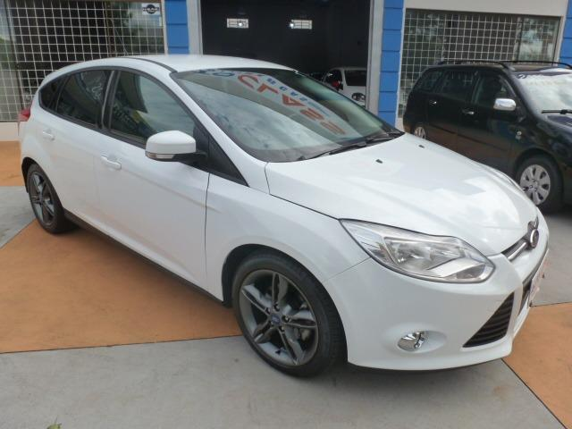 Ford Focus Hatch SE 2.0 16V PowerShift - Foto 10