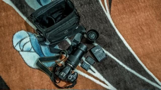 Nikon D5100 + Lente Nikkor 18-105 VR + Nikkor 35mm 1.8 + Bateria Extra - Foto 6