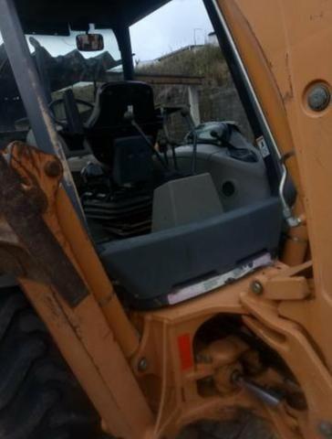 Retro escavadeira 580m - Foto 3