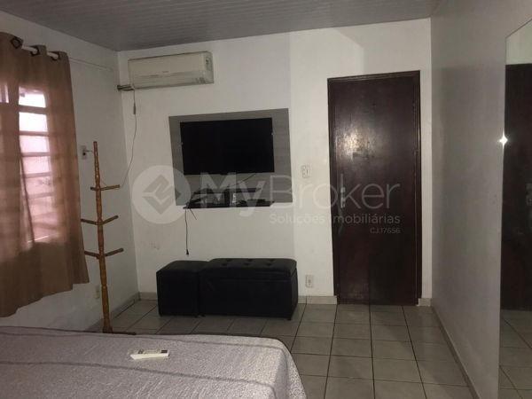 Casa com 3 quartos - Bairro Aeroviário em Goiânia - Foto 5