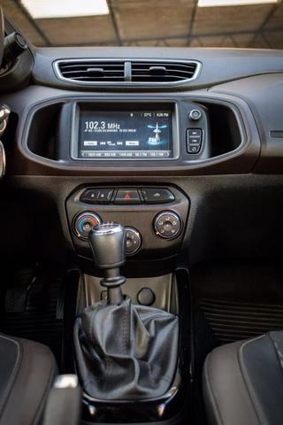 Gm/Chevrolet Prisma 2017 1.4 ltz manual flex - Foto 11
